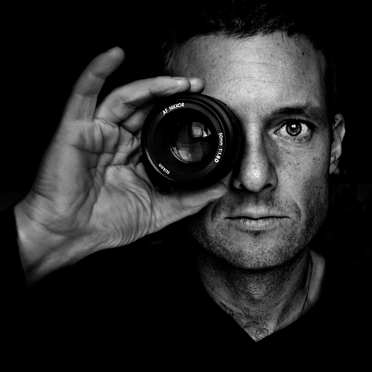 Oltre il selfie: 5 modi per realizzare autoritratti